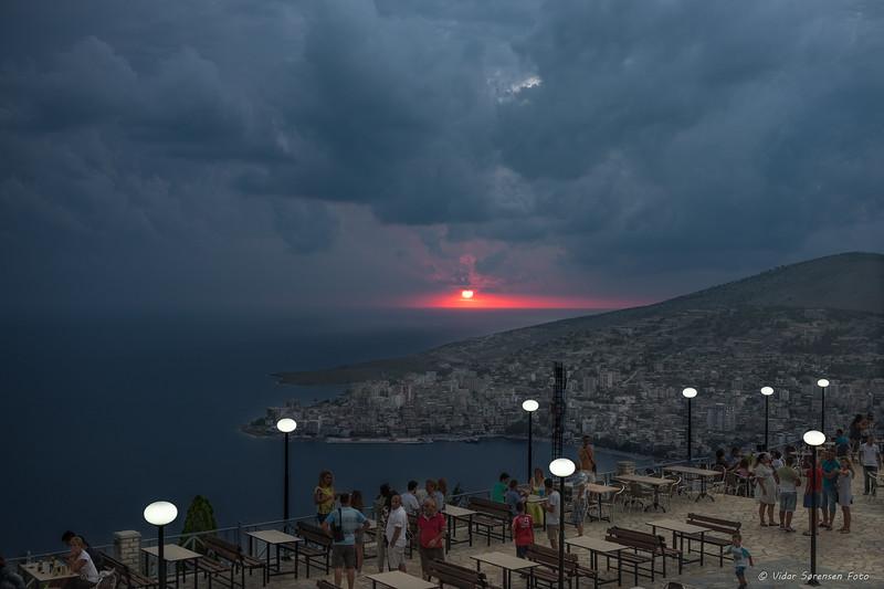 Solnedgang i Serande