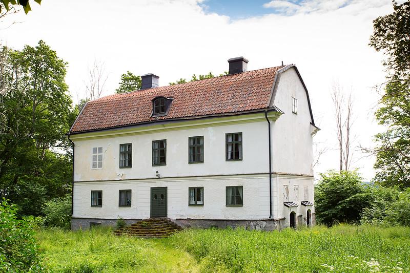 Gryta Gård, Örsundsbro