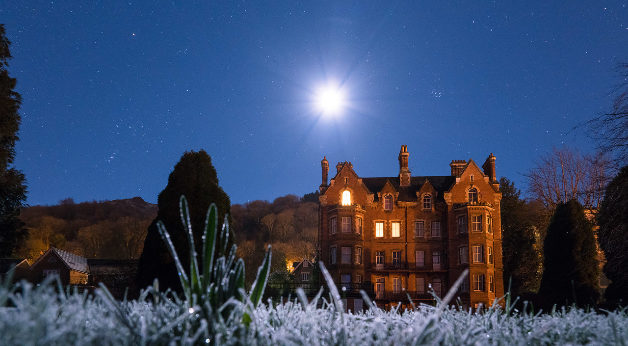 Oriaon and Moon abover the Malvern House