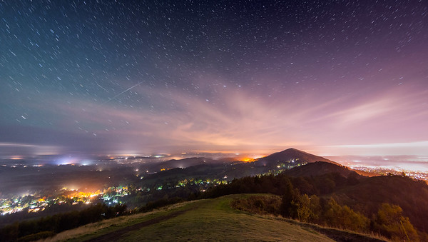 Northern Lights & Shooting Star over Malvern Hills