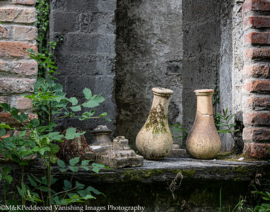 Vases at Bantry House