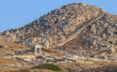 Temple of Isis and Cintos Mountain