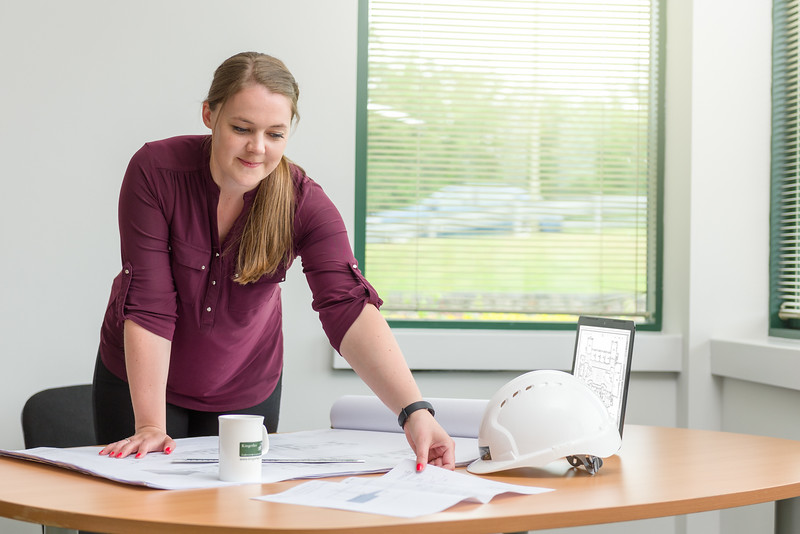 Kingerlee : Young People in Construction