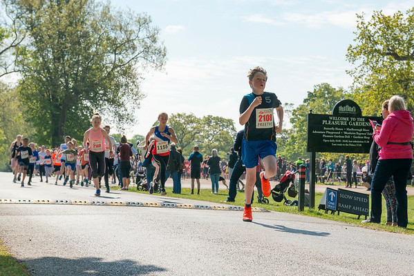 Photos by Ryan Cowan of Blenheim 7K Run - Names and contact of Runners held by event organiser Sarah Airey