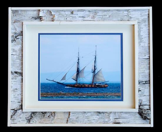 The Niagara11x14 Birchbark Frame