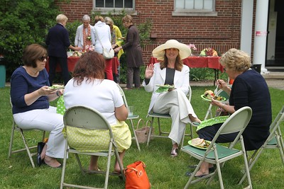 Lunch on the Lawn 2017