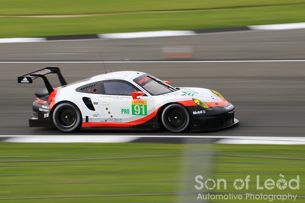Porsche GT Team 911 heading thru Vale