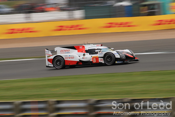 Toyota LMP1 heading into the Loop