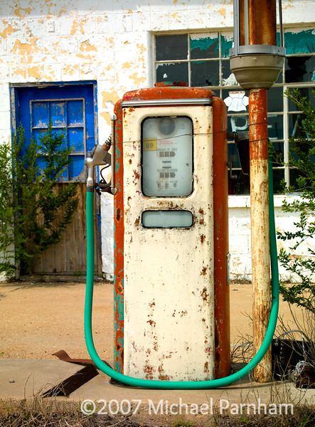Bright Hose Gas Pump
