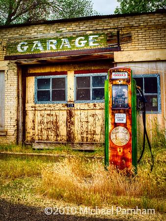 Sinclair Garage