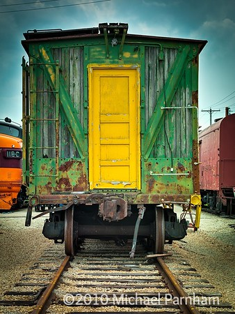 Green & Yellow Box Car Straight On