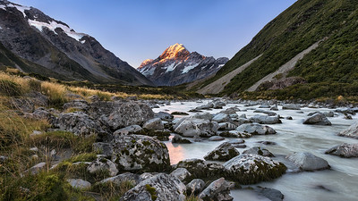 The Golden Peak | New Zealand