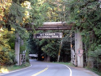 West Entrance | Mount Rainier National Park