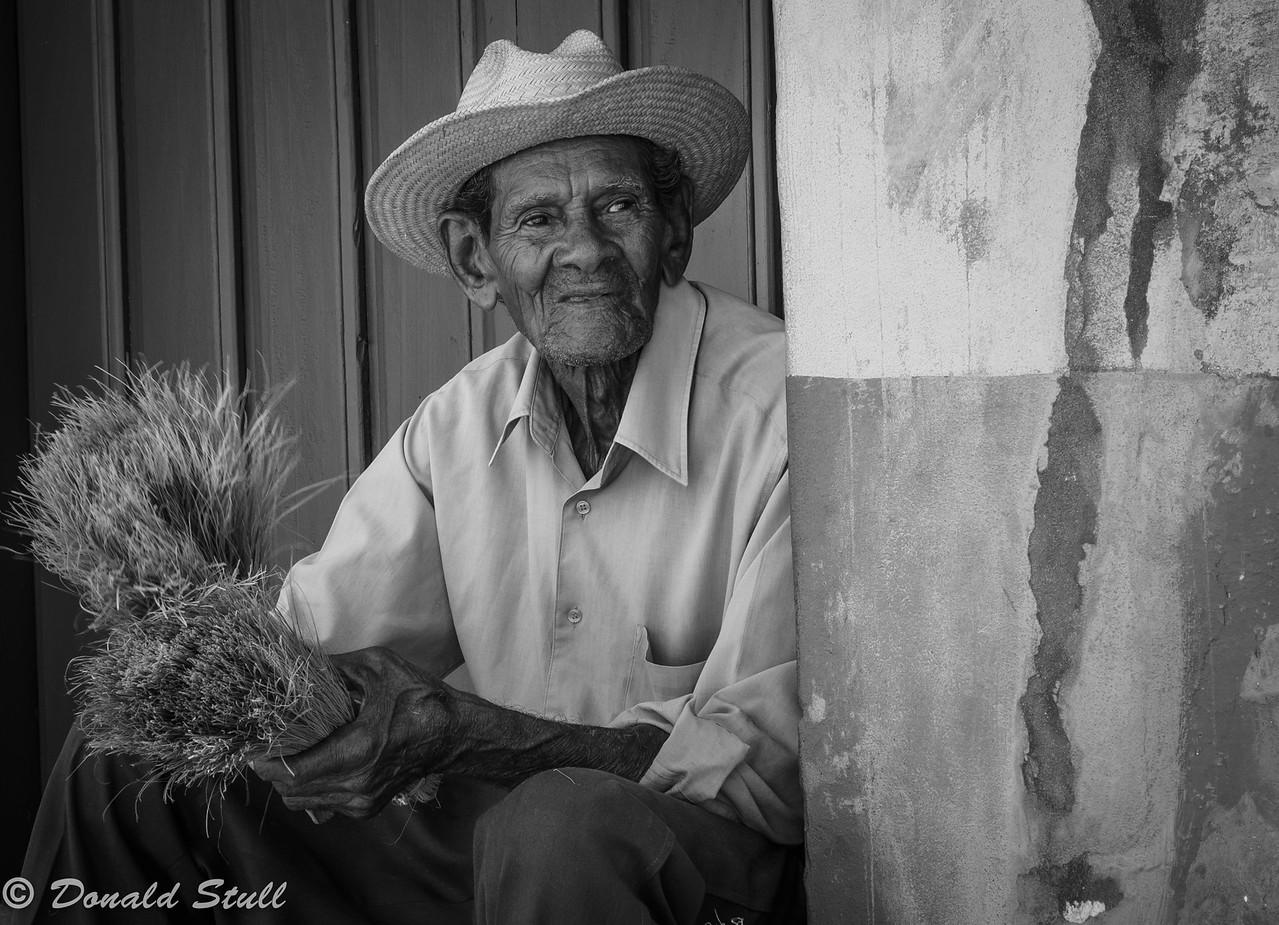 Broom maker.  Trinidad, Cuba