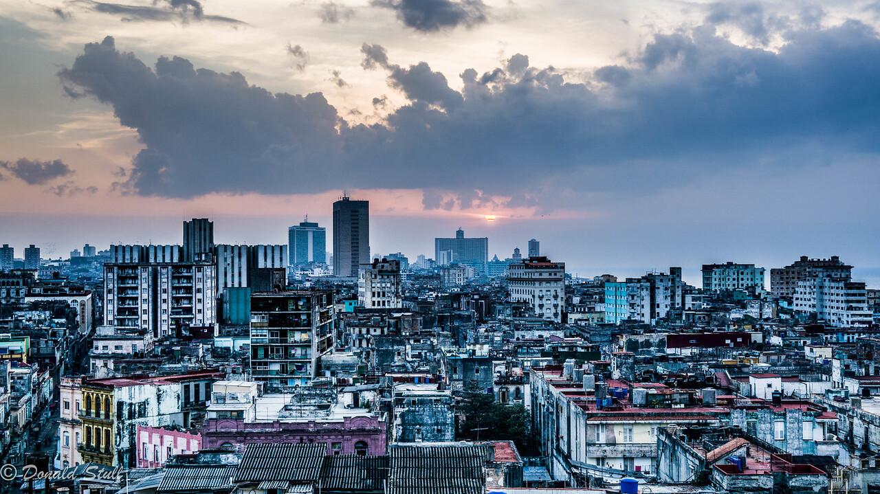 Goodnight, Havana.  Havana, Cuba