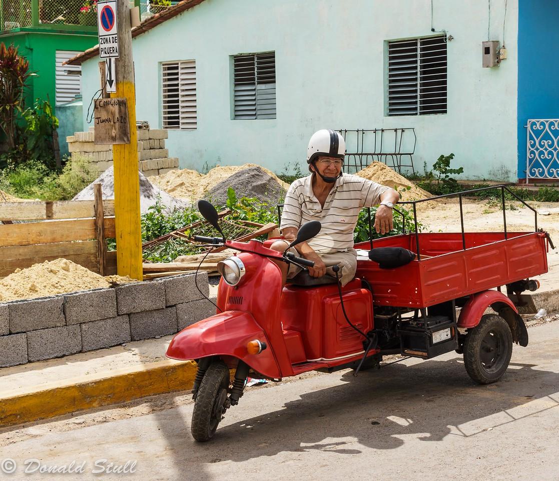 Hanging out.  Viñales, Cuba