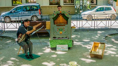 Street musicians, Clermont l'Herault, Languedoc-Rousillon, South of France