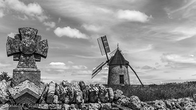 Windmill and Lavender, Cirque de Navacelles (black and white...duh)