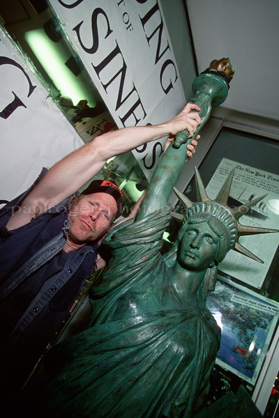 Video packaging shot with Statue of Liberty, NYC