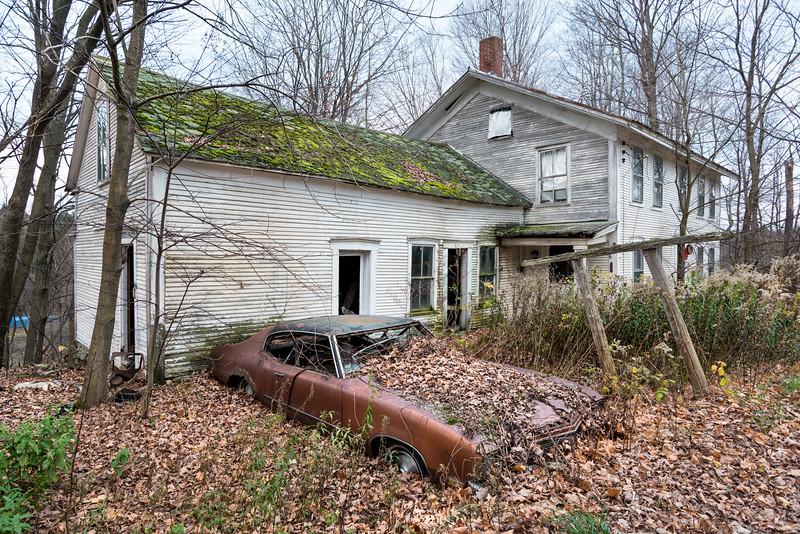 Abandoned House, Huntington Center, 2014