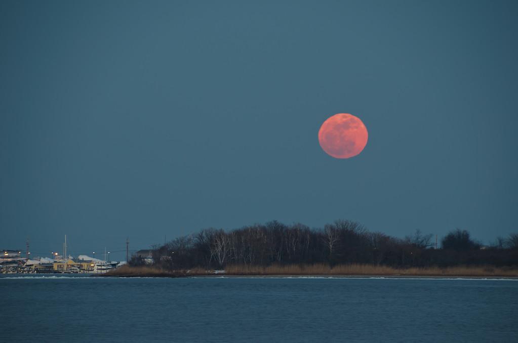 2014 2-14 Sea Bright Navesink Marina Rising Snow Moon-33