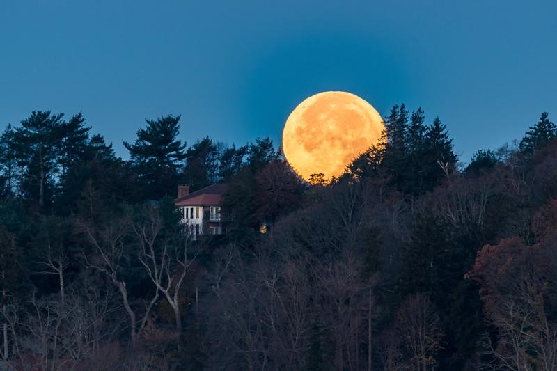 2018 11-23 Setting Moon Middletown-25_Full_Res