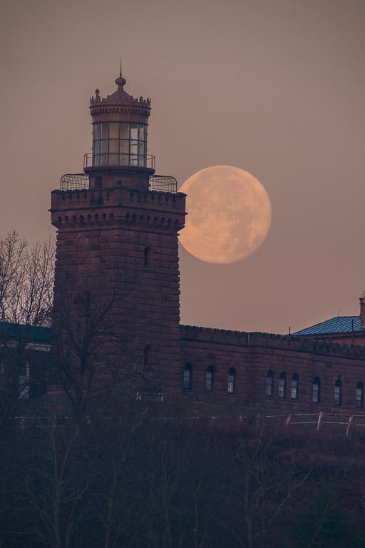 2017 12-4 Twin Lights Setting Supermoon-202_Full_Res