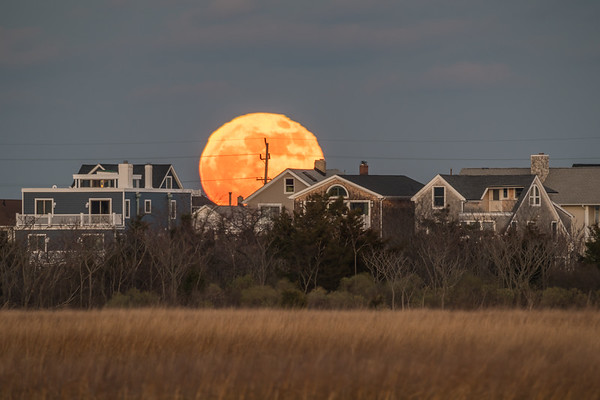 2018 12-22 Full Moon Over Sea Bright, Navesink Ave  Vantage-153_Full_Res