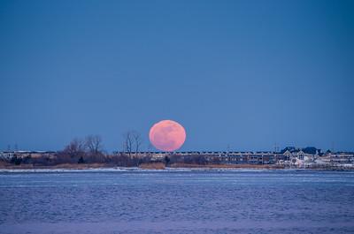 2015 2-3 Full Moon and Jupiter Rising Over Shrewsbury River and Sea Bright-8