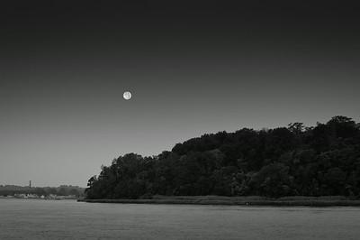 2012 8-2 Rocky Point Hartshorne Setting Full Moon-83