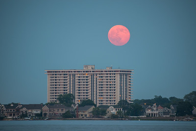 2016 6-20 Channel Club Towers Full Moon-1-2_Full_Res