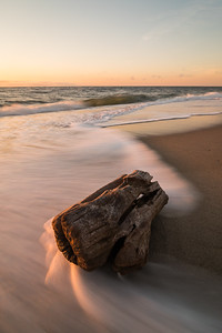 2018 6-26 Anchorage Sunrise Driftwood-97_Full_Res
