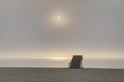 2015 7-7 Sea Bright Public Lifeguard Stand with Foggy Sunrise-201_2_3