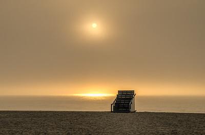 2015 7-7 Sea Bright Public Lifeguard Stand with Foggy Sunrise-201_2_3-2