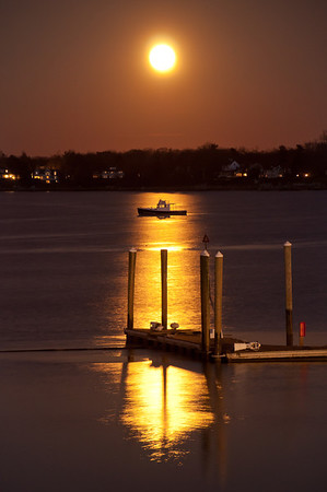 2012 12-28 Full Moon Rising Over Boat Navesink-72