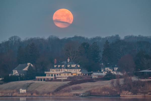 2019 3-20 Supermoon Setting Over Mansion - Oceanic Bridge Vantage-52_Full_Res