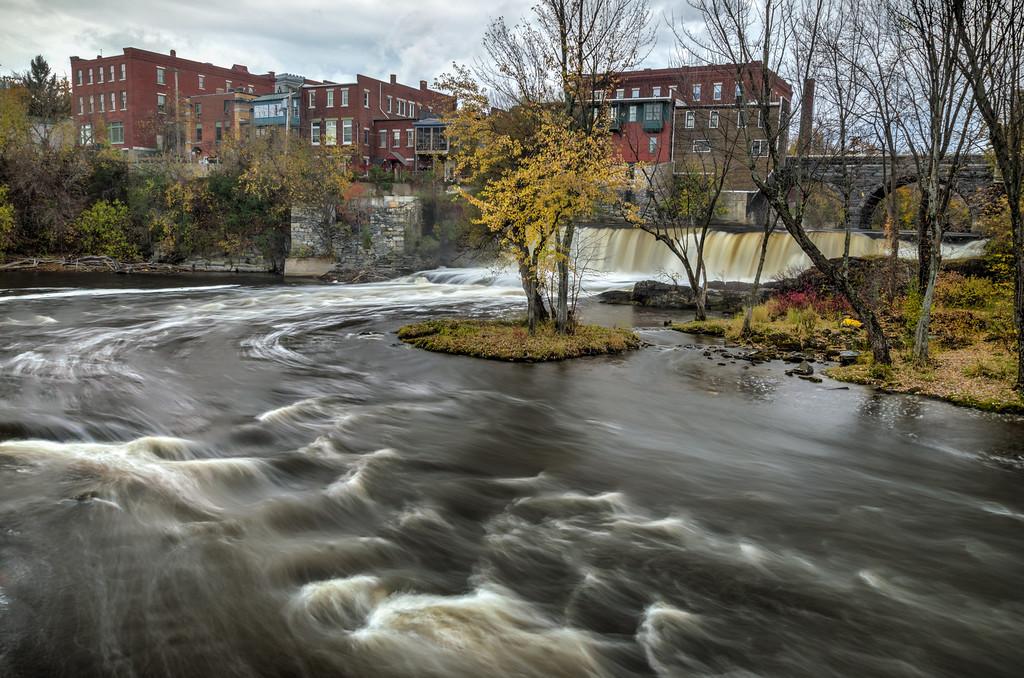 2014 10-18 Vermont Fall Foliage Middlebury Otter Creek Falls-131_2_3