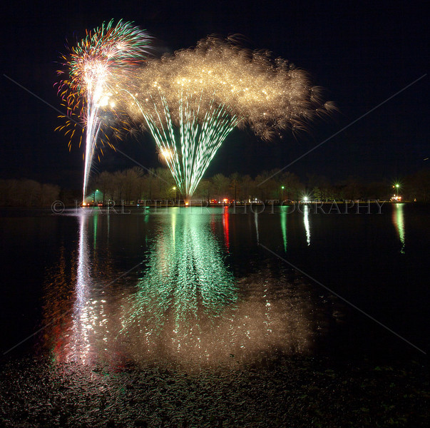 """2010 Annual Tree lighting at Belmont Lake State Park. Excellent firework display by Bay Fireworks. (Click on """"FULLSCREEN"""" in upper right corner when watching slideshow  then sit back and enjoy."""