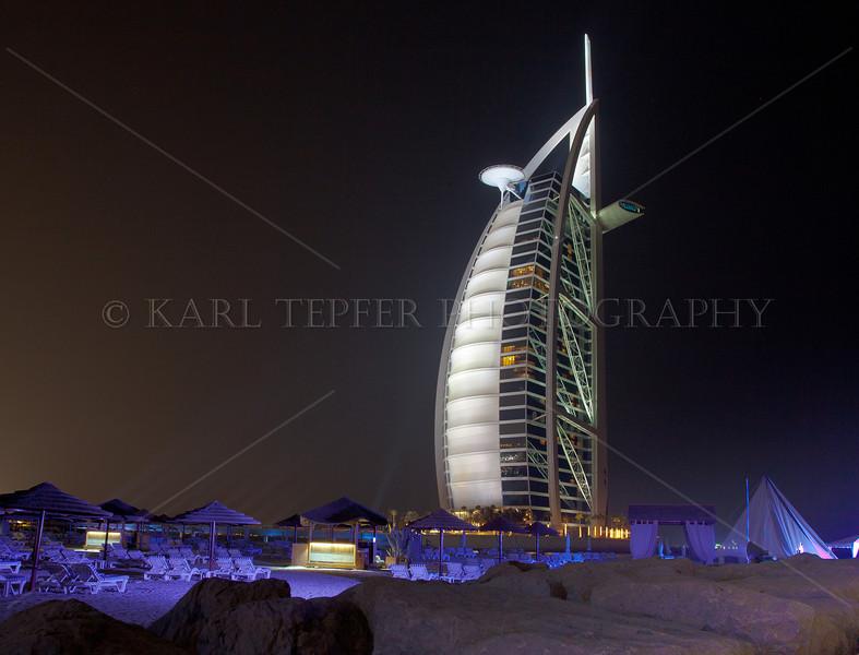 <h2>Beach area surrounding the Burj al Arab.