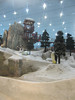 <h2>Ski Dubai. People were actually wearing (rented) ski clothing and skiing!