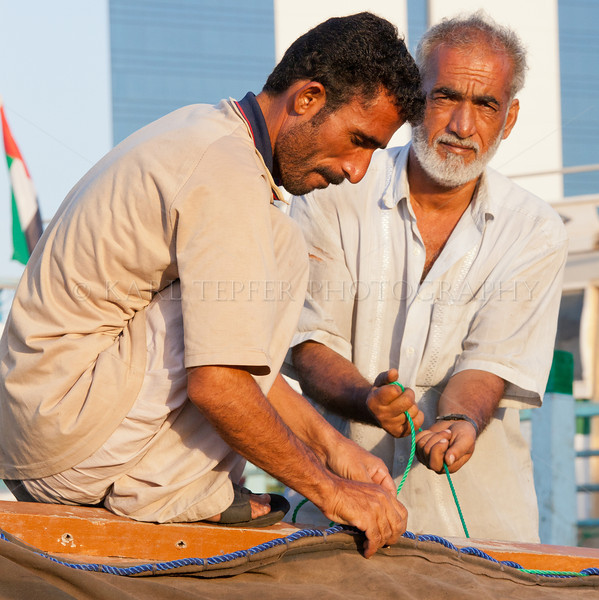 <h2>Securing the sail on the Dhow