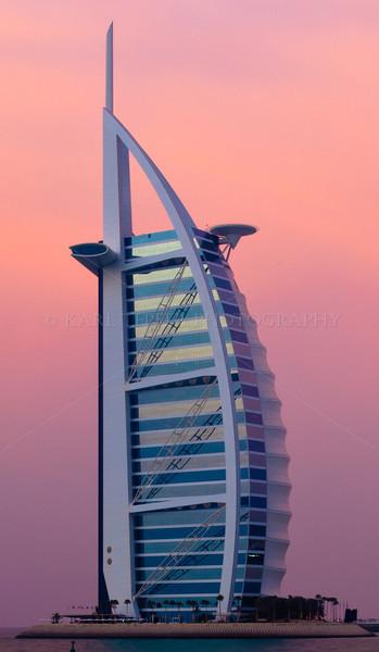 <h2>Dusk at the Burj al Arab. Persian Gulf
