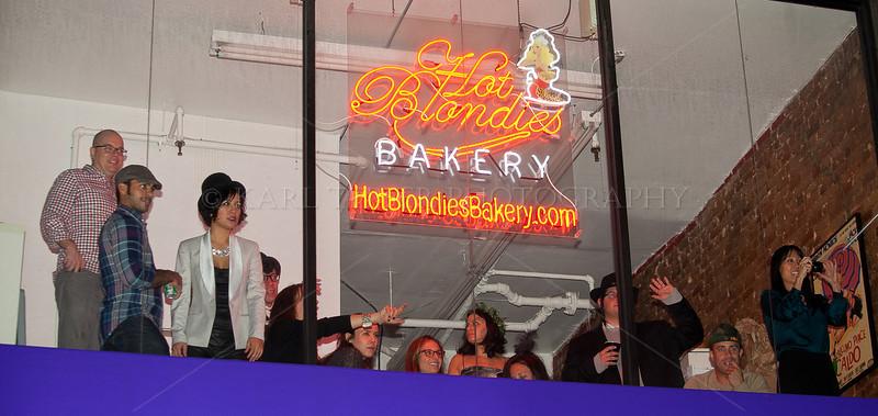 Hot Blondies Bakery  <br />  .com