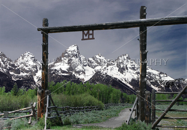 Entrance to Moosehead Ranch <br /> ©  2009 Karl Tepfer