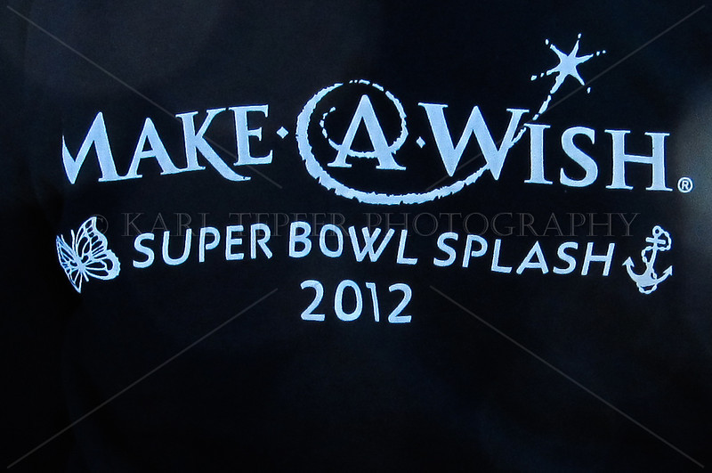 <h2>February 5, 2012 Make-A-Wish Super Bowl Splash Long Beach, New York Atlantic Ocean: 42 degrees Estimated crowd size: 15,000!