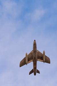 Hawker Hunter - Climbing
