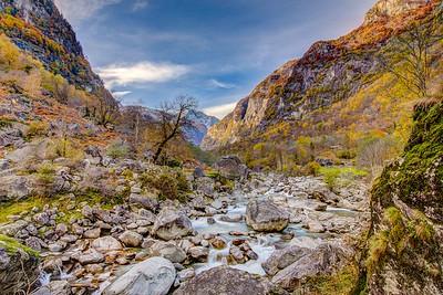 2015-10-25 Valle Maggia-Val Bavona-417-Edjit_fused-2