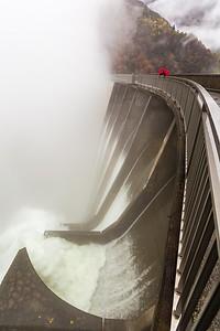 2014-11-11-Verzasca-Dam-Overflow-55