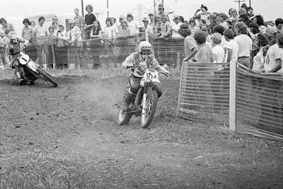# 104 Roger DeCoster - Suzuki # 1 Kent Howerton - Husqvarna