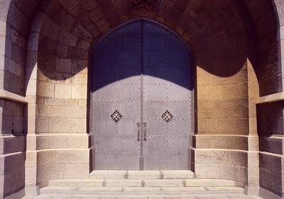 Monserrat Door